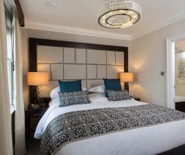 Fraser-Suites-Kensington-Two-Bedroom-Premier-Master-Bedroom