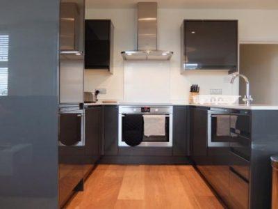 7-kitchen-straight-on-Twickenham_57431b1ae0f7f
