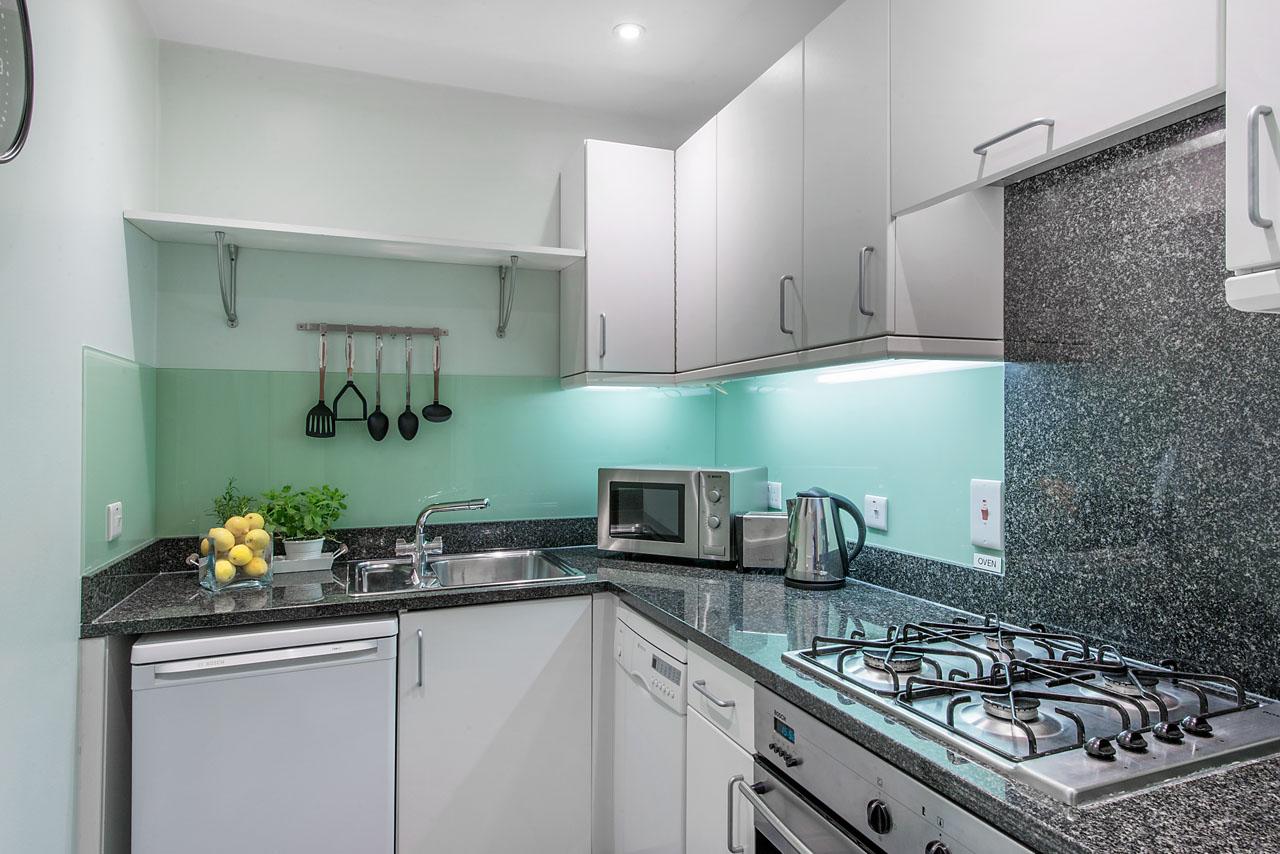 flat-1-49dp-kitchen-14
