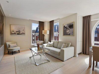 three_bed_living_room